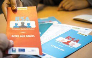 RSA contre bénévolat : «on stigmatise les pauvre» / Le «pognon de dingue» investi dans la protection sociale est efficace / MIE : l'envers du décor